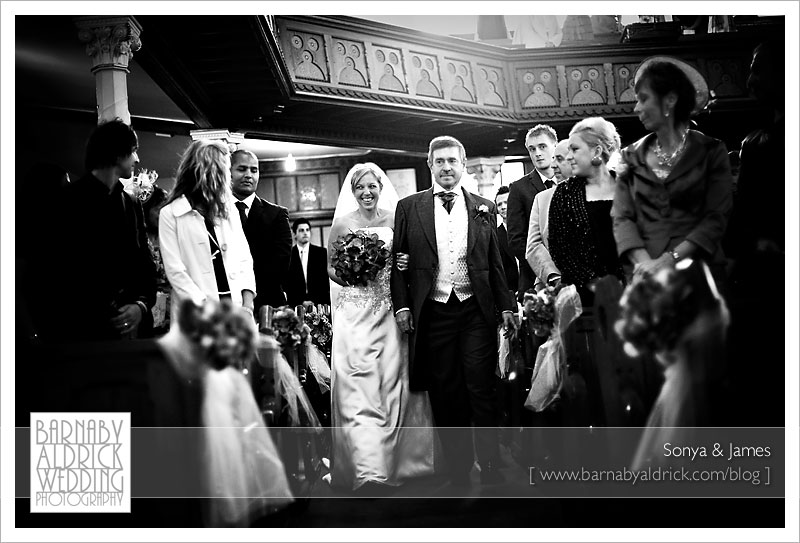Sonya & James by Barnaby Aldrick Wedding Photography © 2009 [Not to be reproduced without permission]