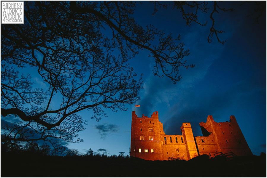 Bolton Castle Wedding Photography 062.jpg