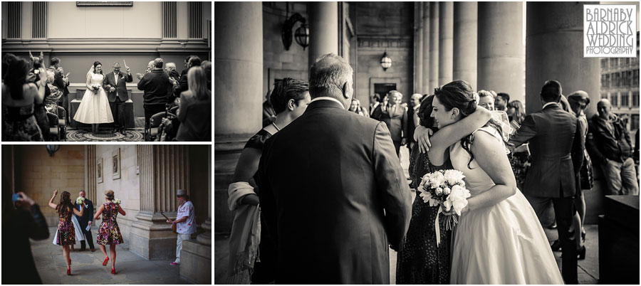 Leeds Town Hall Wedding Photography 030.jpg