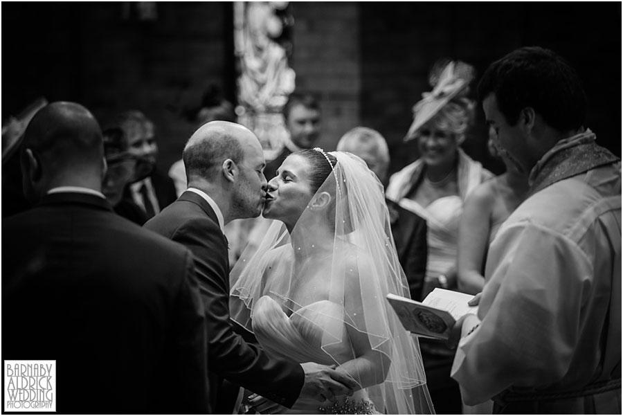 The Old Swan Harrogate Wedding Photography 030.jpg