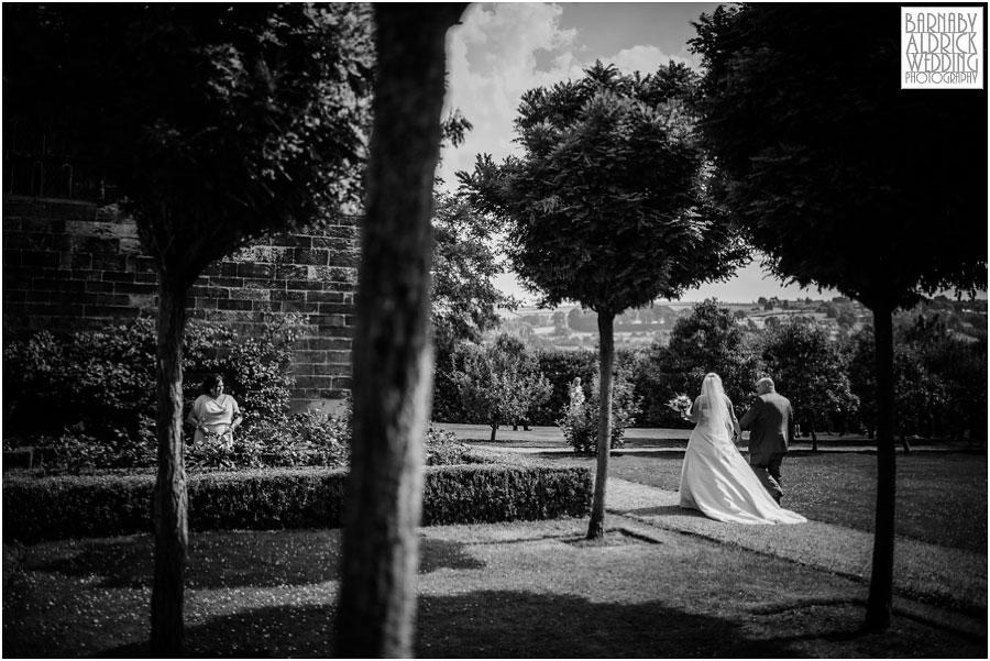 East Riddlesdon Hall Wedding Photography 049.jpg
