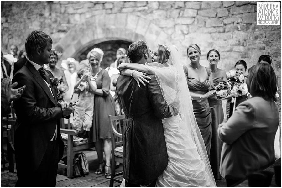 Skipton Castle Wedding Photographer 030.jpg