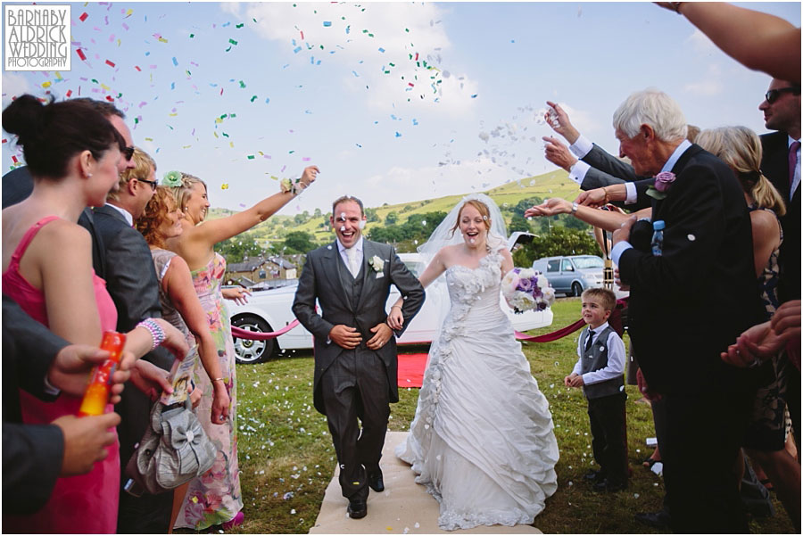 Skipton Castle Wedding Photographer 044.jpg