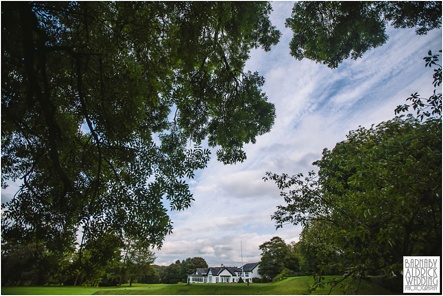 Headingley Golf Course Wedding Photography by Yorkshire Photographer Barnaby Aldrick