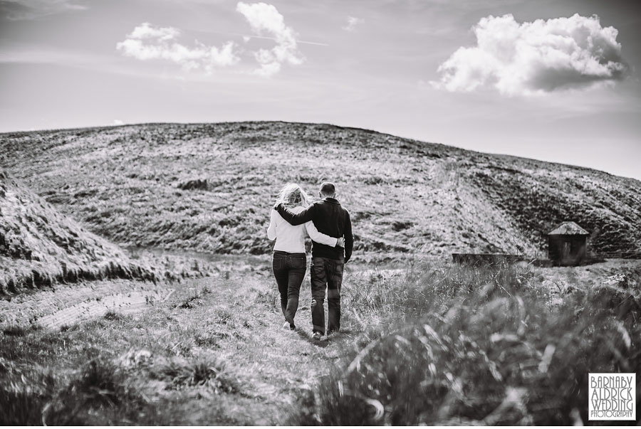Saddleworth Pre Wedding Photography by yorkshire wedding photographer Barnaby Aldrick 012