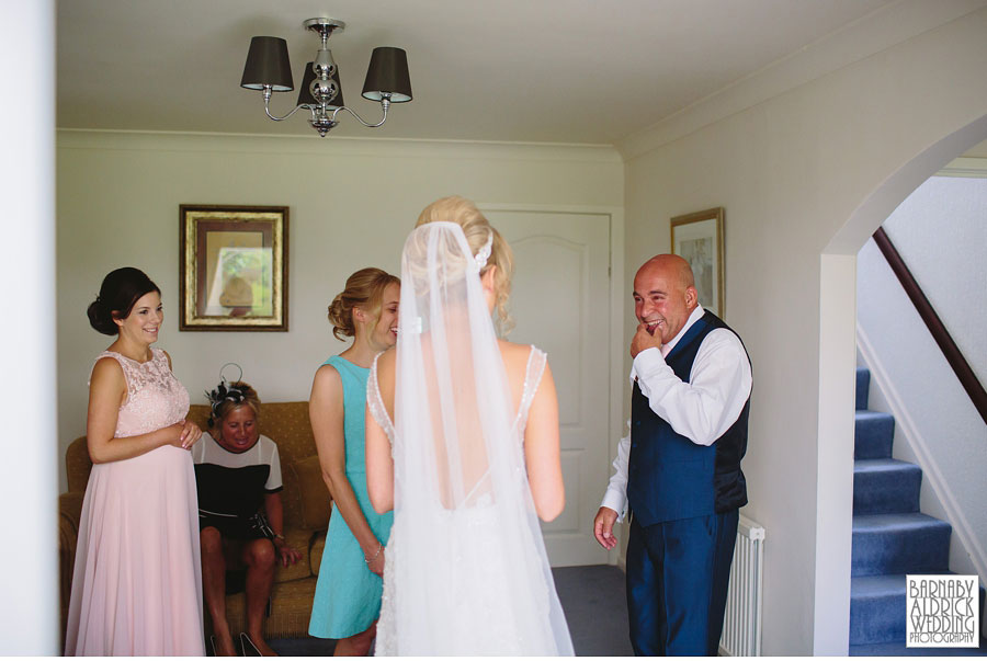 Saddleworth Hotel Wedding Photography near Oldham by Yorkshire and Lancashire Wedding Photographer Barnaby Aldrick 16