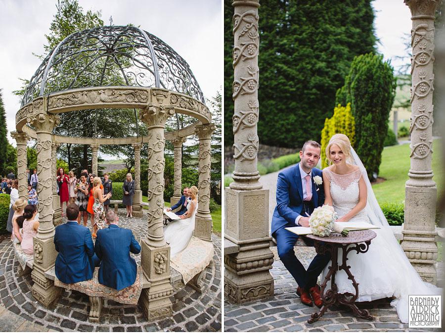 Saddleworth Hotel Wedding Photography near Oldham by Yorkshire and Lancashire Wedding Photographer Barnaby Aldrick 23