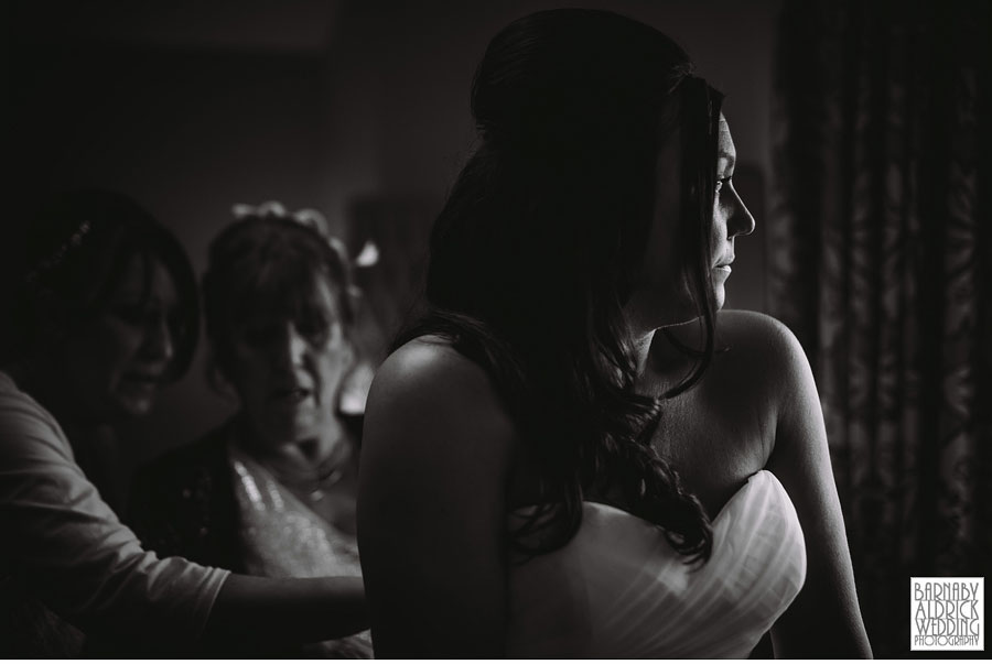 Wedding Photography at the White Hart Lydgate in Oldham