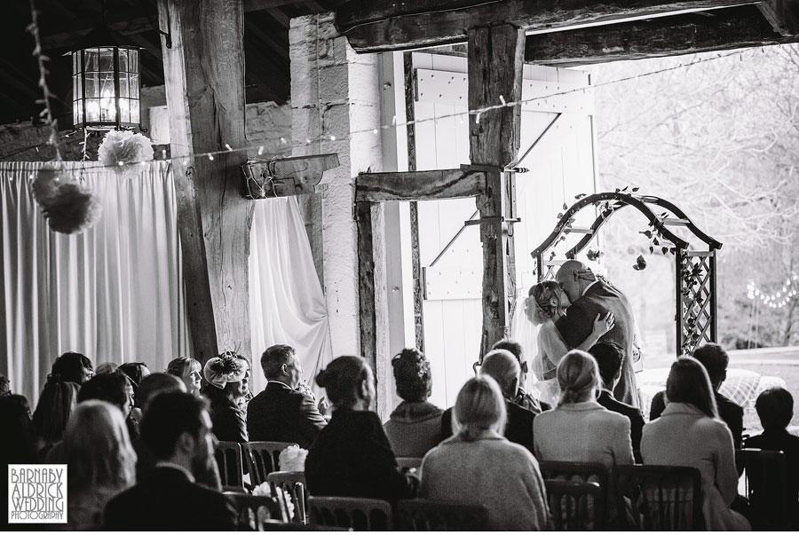 East Riddlesden Hall Wedding Photography by Yorkshire Wedding Photographer Barnaby Aldrick 030