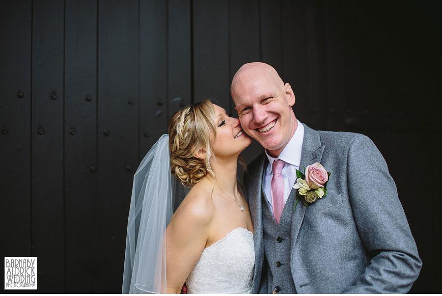 East Riddlesden Hall Wedding Photography by Yorkshire Wedding Photographer Barnaby Aldrick 042
