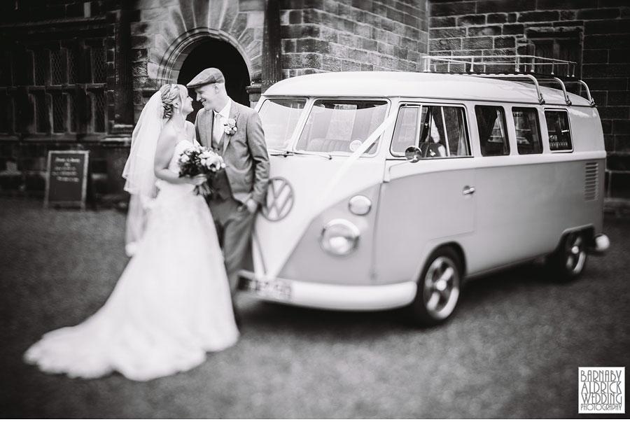 East Riddlesden Hall Wedding Photography by Yorkshire Wedding Photographer Barnaby Aldrick 044