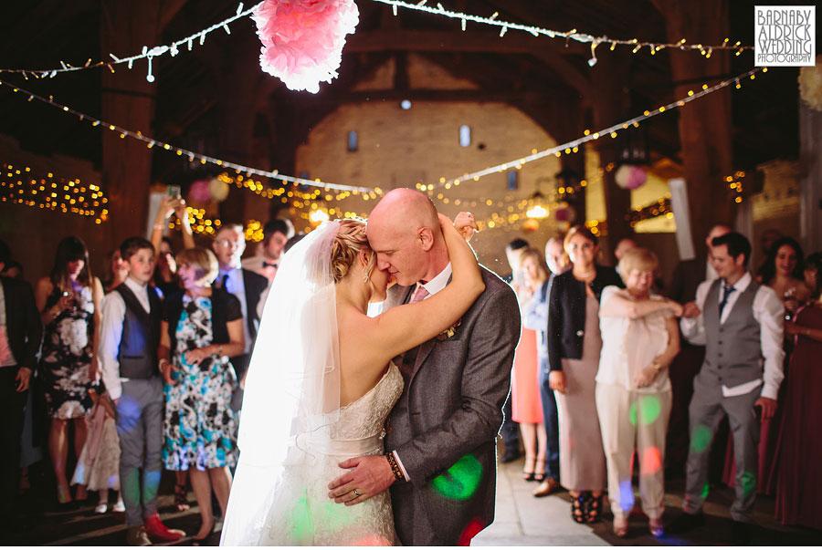East Riddlesden Hall Wedding Photography by Yorkshire Wedding Photographer Barnaby Aldrick 064