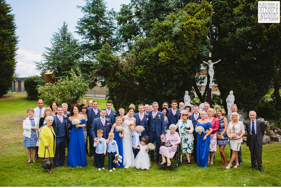 Bradford Golf Course Wedding Photography by Leeds Photographer Barnaby Aldrick 035