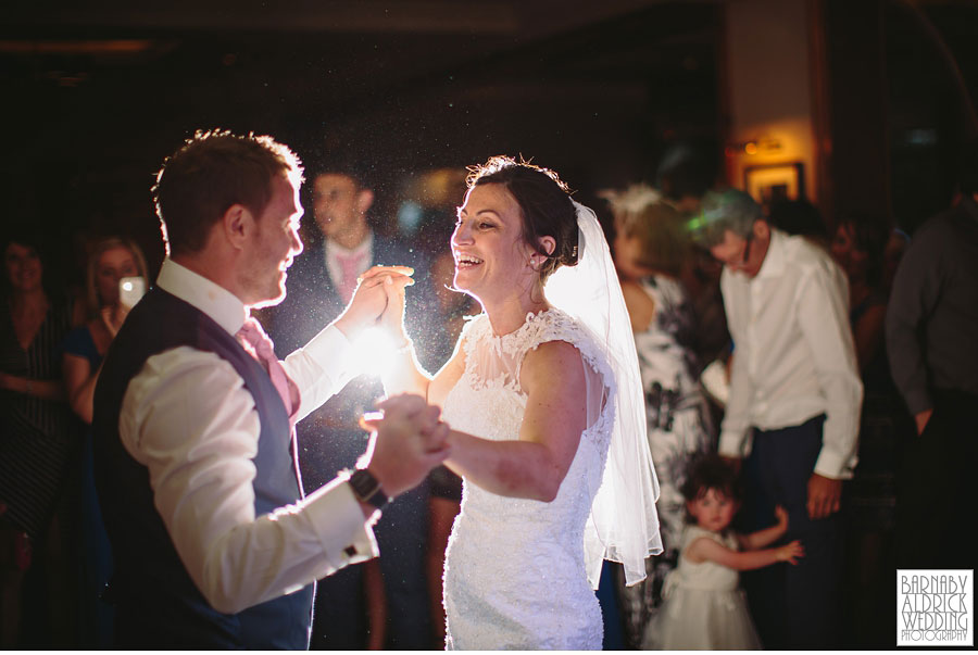 Bradford Golf Course Wedding Photography by Leeds Photographer Barnaby Aldrick 058