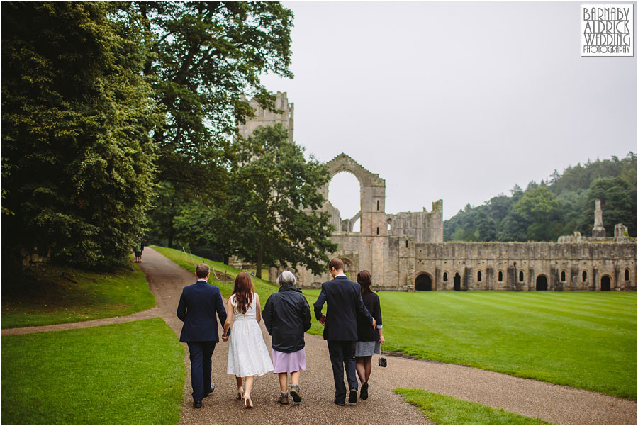 Fountains Abbey Ripon Wedding Photography 045