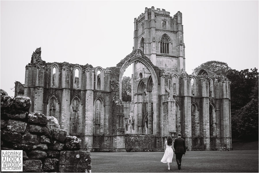 Fountains Abbey Ripon Wedding Photography 050