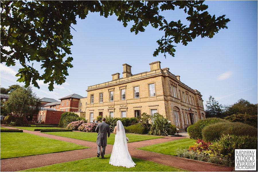 oulton-hall-rothwell-leeds-wedding-photography-051