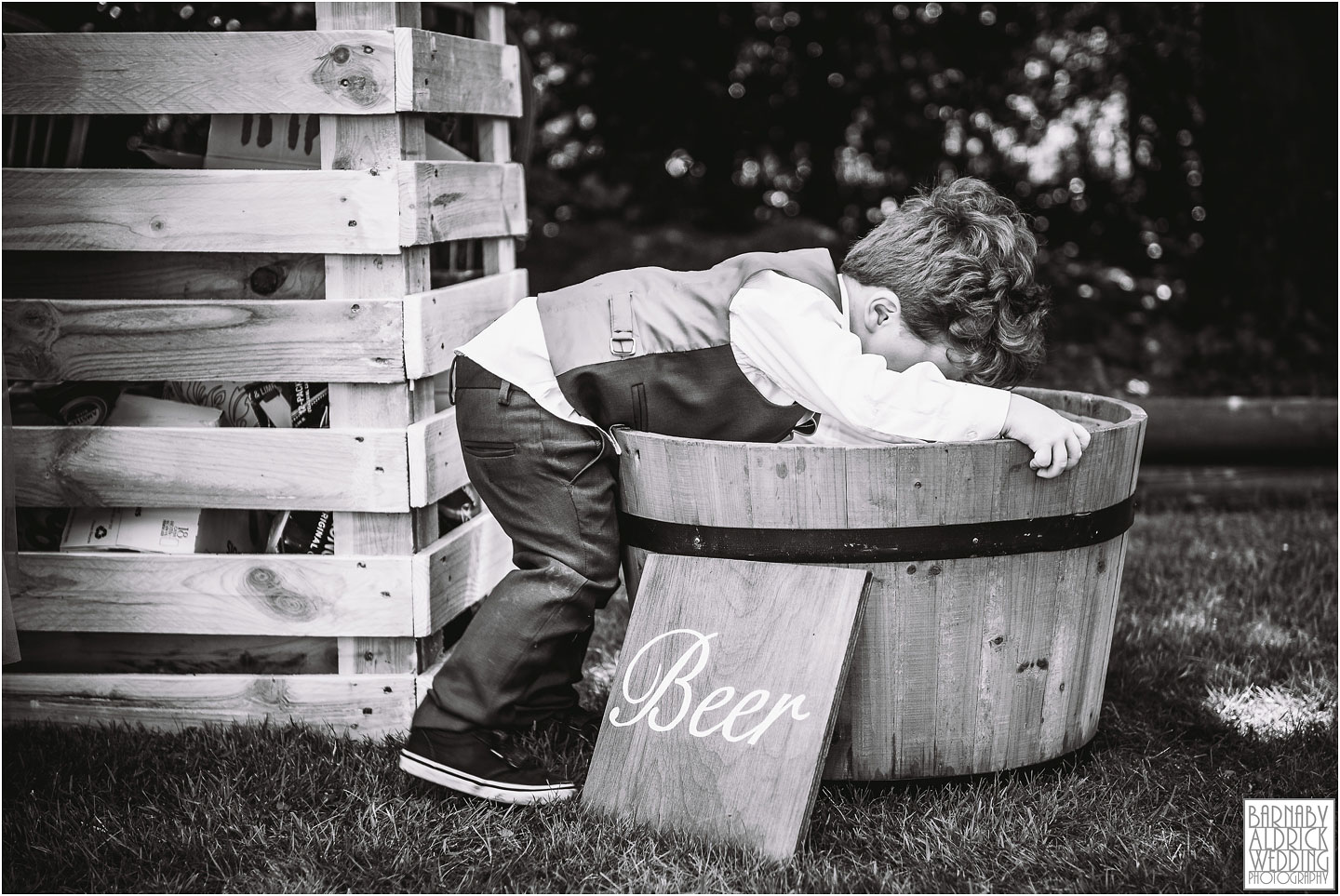 page boy beer, Fun wedding photograph, cute page boy wedding photograph