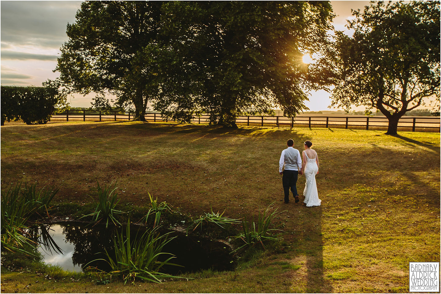 Sunset wedding photos at Barmby Farm Barns in East Yorkshire, Amazing Yorkshire Wedding Photos, Best Yorkshire Wedding Photos 2018