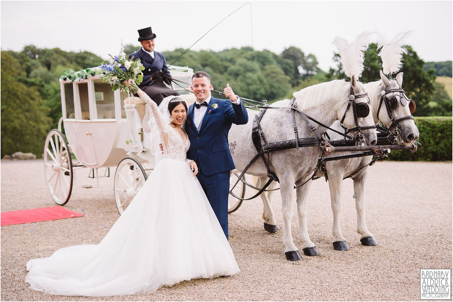 Wood Hall Bride groom horse and carriage wedding photo